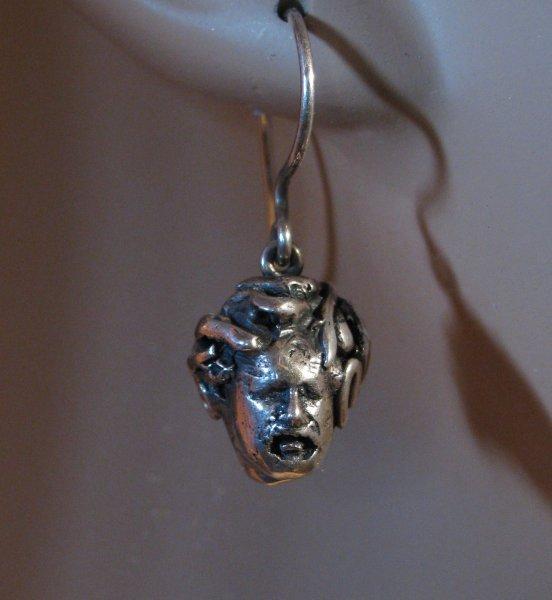 medusa-earrings-2