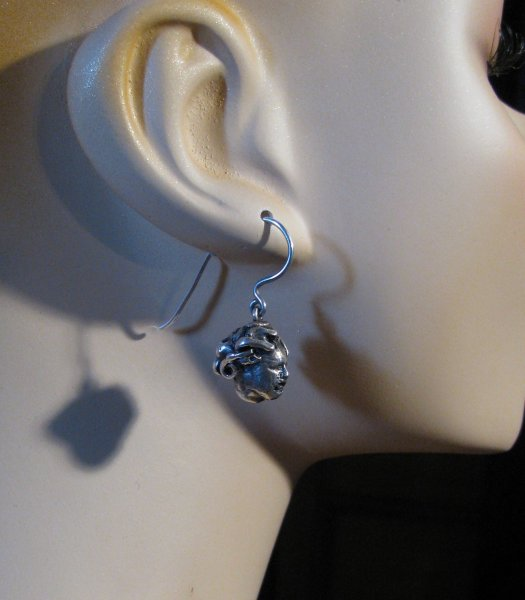 medusa-earrings