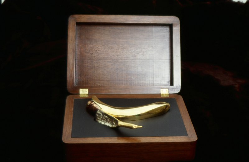 gold-banana-1
