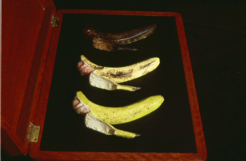 three-bananas